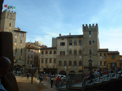 You are browsing images from the article: Toscana - Arezzo