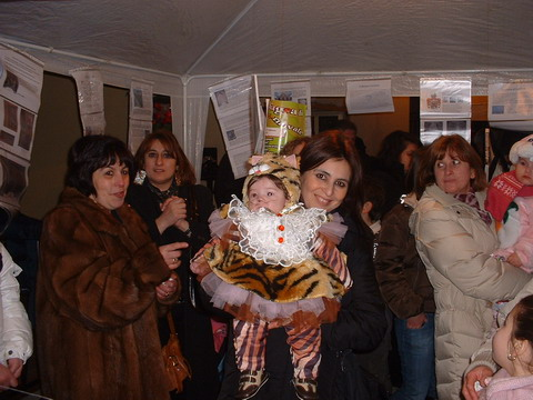 You are browsing images from the article: 22/02/2009 - La Sagra di Carnevale 2009 - Le foto